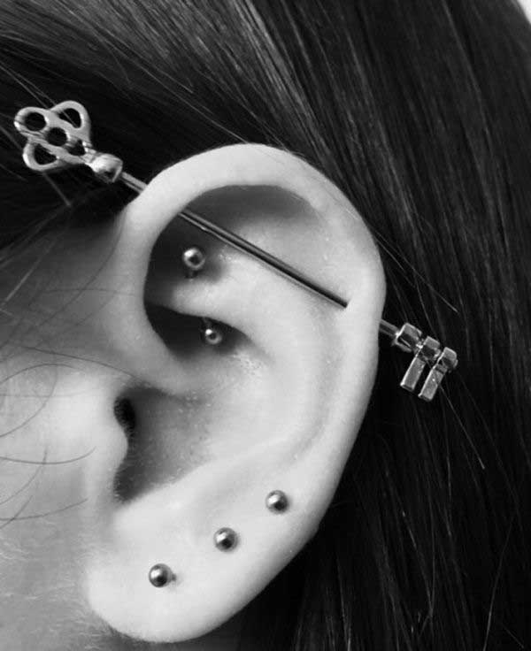 mentiasie-ear-piercing